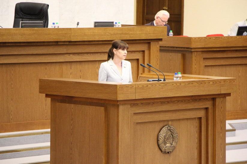 Нижевич Л.И. на заседании сессии Палаты представителей